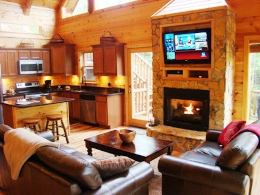 Cozy Layout with Lustrous Wood and Leather