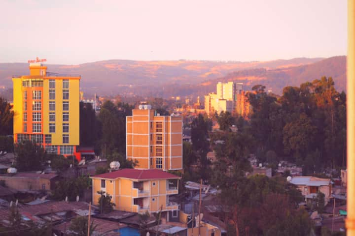 Cozy Studio in Central Addis   8mins from Airport