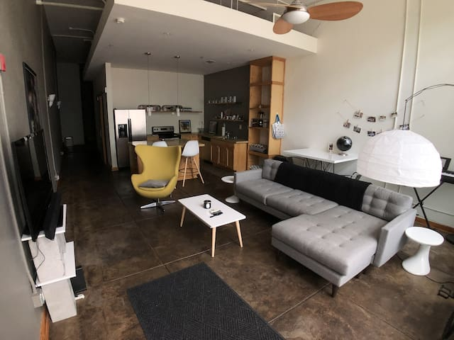 Stylish Downtown Bham Loft with Rooftop!