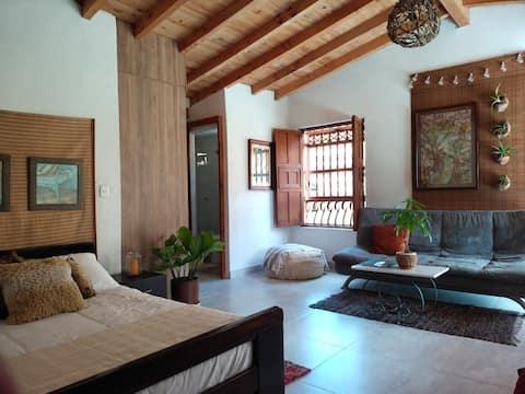 Granja con hospedaje de lujo, el lugar ideal para descansar, realizar eco turismo y amar la vida.