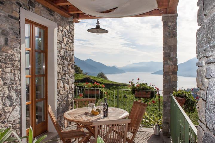Casa vacanze con fantastica vista 2 - Gravedona ed Uniti - Hus