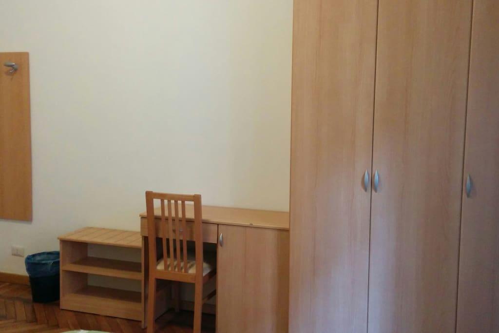 Posto letto in dormitorio misto 5 p dormitori in affitto a milano lombardia italia - Affittasi posto letto milano ...