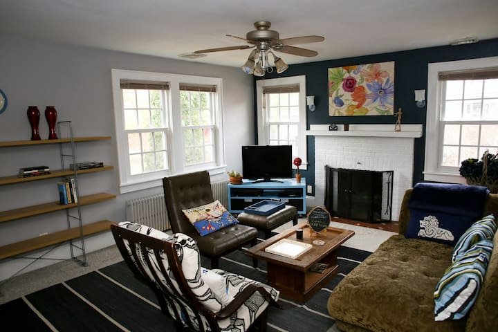 Craftsman apartment in historic Norfolk district - Norfolk