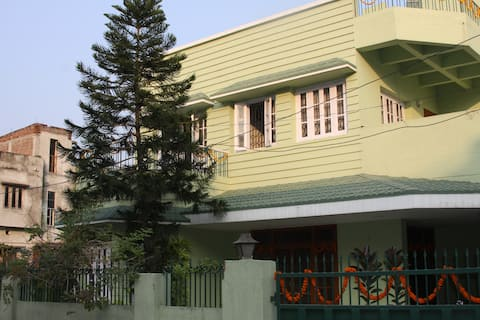 Serviced apartment with AC rooms