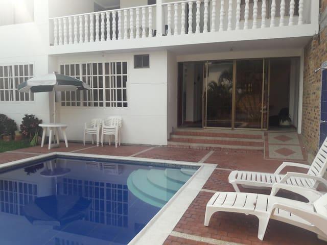 ANAPOIMA  CASA - Anapoima - Casa