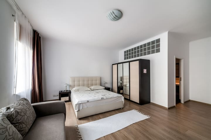 Apartment comfortable centre [49]