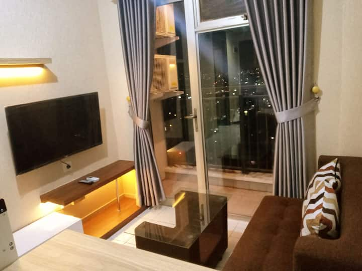 SuperCozy 2BR Apartment @Cibaduyut Shopping Center