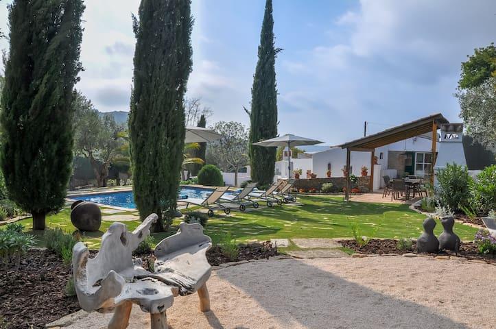 Casa Soalheira, Algarve countryside living