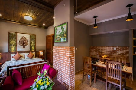 Discovery Family Room+Free Pick up+WIFI+Breakfast - Krong Siem Reap
