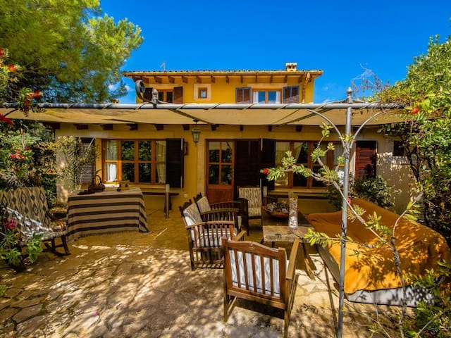 Can Pascolet ¤ Villa con jardín