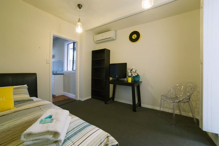 Gold air @ Broadbeach Gold Coast - Broadbeach Waters - Huoneisto
