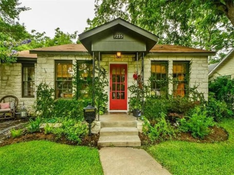 Old Town Escape Houses For Rent In Georgetown Texas