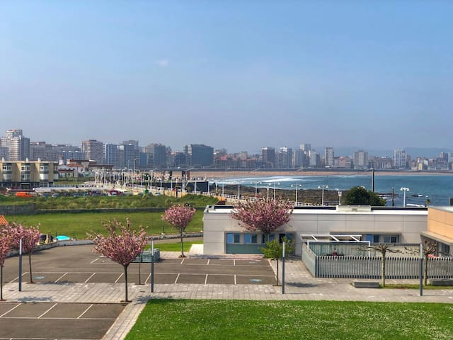 vistas de la playa de San Lorenzo