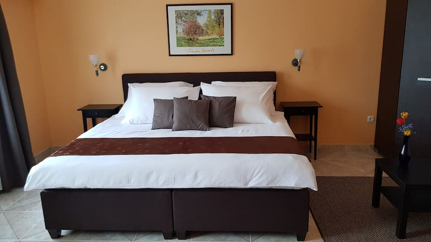 bútorozott lakás - Furnished Apartment