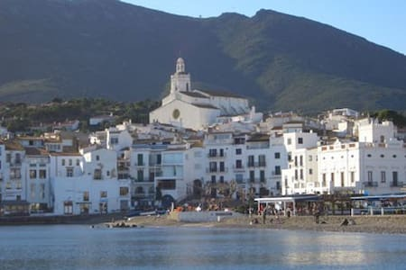 Cadaqués: Charming seaside aprtment - Apartment