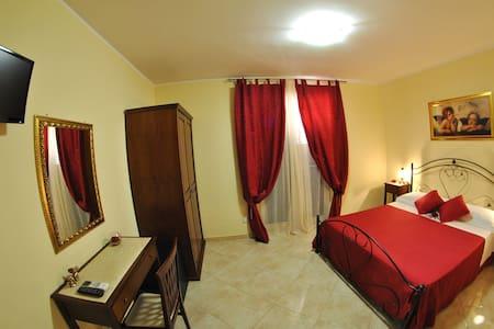 B&B MareAgrò-camera matrimoniale - Santa Teresa di Riva