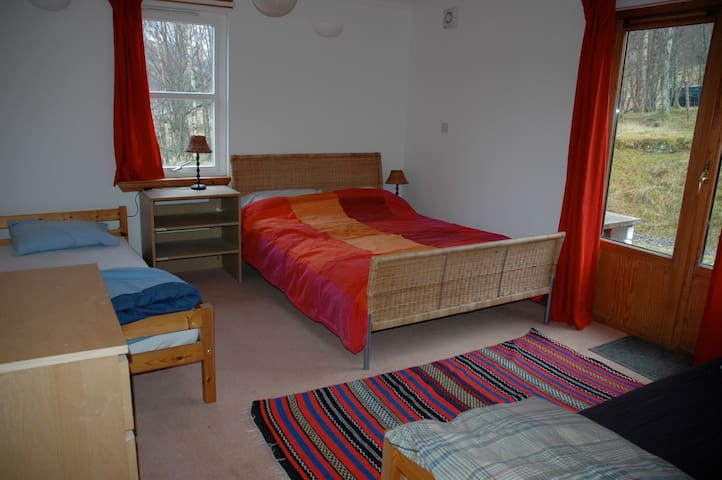 Loch Voil Hostel family room - Balquhidder