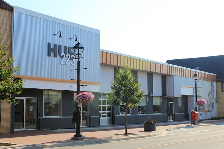 Downtown HUB223 Modern Studio Micro-Suite - Summerside - Apartmen