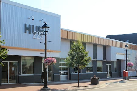 Downtown HUB223 Modern Studio Micro-Suite - Summerside