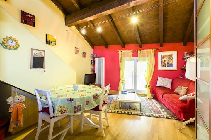 Cute and precious loft downtown  - Bolonya - Daire