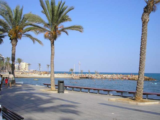 lux appartement aan strand & jachthaven Torrevieja
