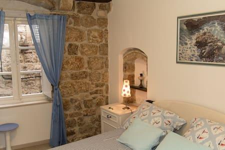 Apartment Roko, Dubrovnik old town - ดูบรอฟนิก - อพาร์ทเมนท์