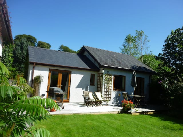 Cysgod Bach Cottage for 2 - Llanfor - Other