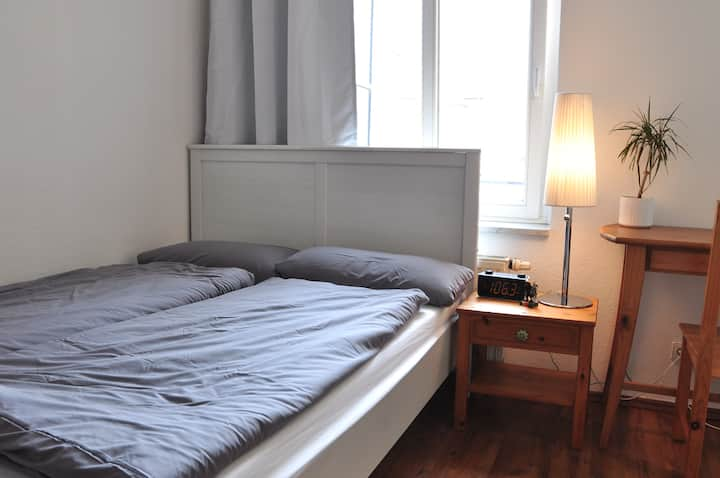 Modernes Apartment am Hasselbachplatz