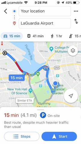 15 min drive/uber; 40 minute public transport to LGA