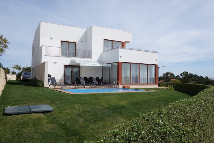 Villa by Obidos Lagoon and Bom Successo beaches