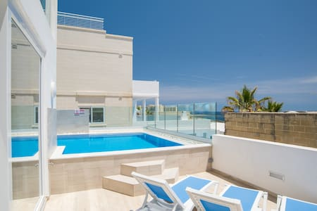 Brand New Sea-Front Villa Apt with Private pool