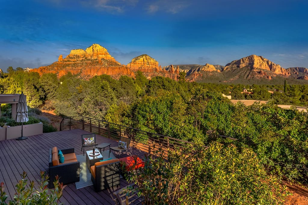 Mega views architectural gem houses for rent in sedona for Sedona architects