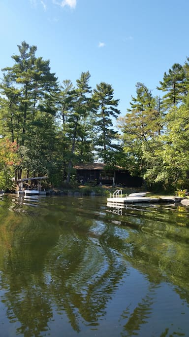 """""""Tall Pines"""" Waterfront Cottage - Cabins for Rent in ..."""