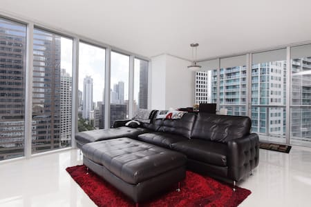 Luxury 2br Condo at The W / Viceroy - Miami