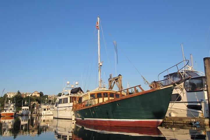 Wharfside Boat n Breakfast Aft Room - フライデーハーバー - B&B/民宿/ペンション