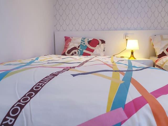 Colorful sheets. Several sheet and duvet for all season.