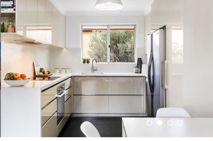 Breezy Wollongong beach apartment - Wollongong
