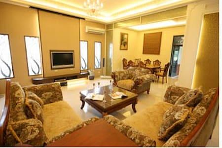 近冬山河風景區乾淨的房間、可愛的擺設、親切的服務 - Dongshan Township
