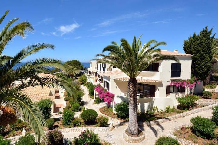 Algar Seco Parque - 3 Bedroom Sea View Apartment