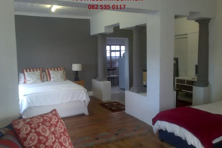 AAA LUXURY APARTMENT - Bredasdorp - Apartment