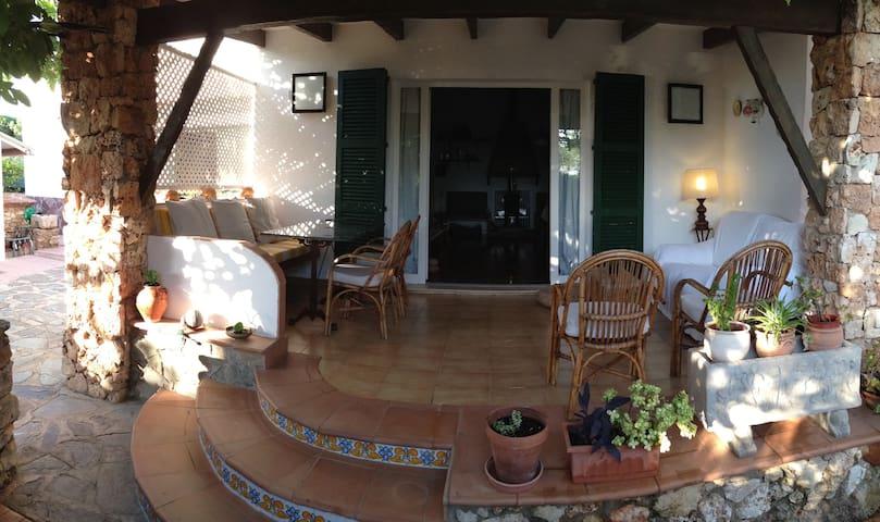 Gran casa a dos minutos del mar - Cap d'en Font - House