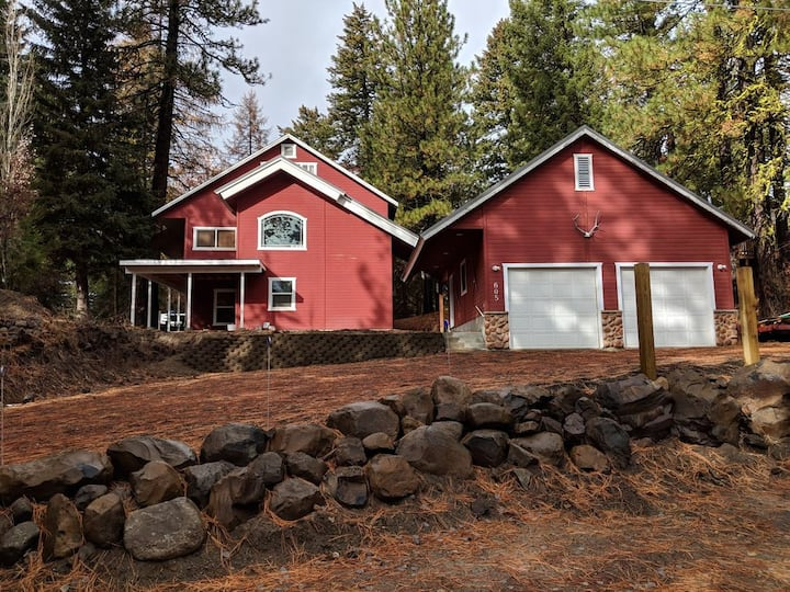 Big Red Cabin in McCall