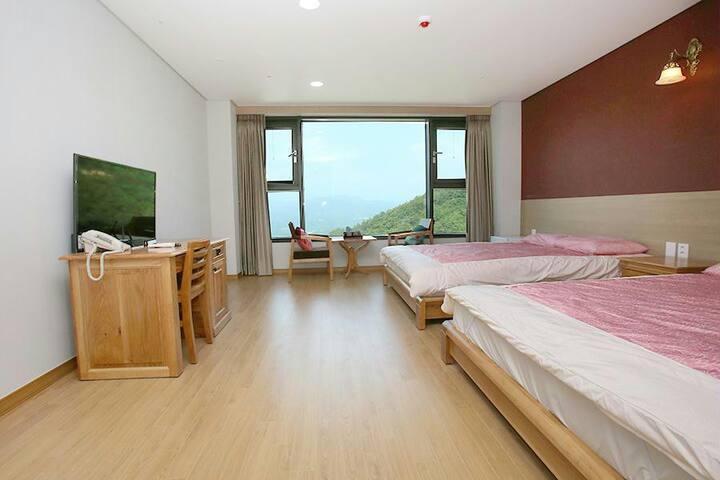 지리산 산청 동의보감테마파크에 있는 최고급 호텔 스탠다드A