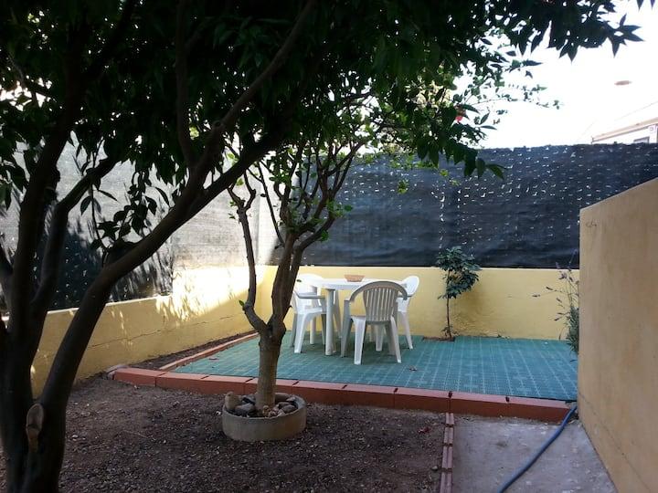 Appartamento con giardino privato.