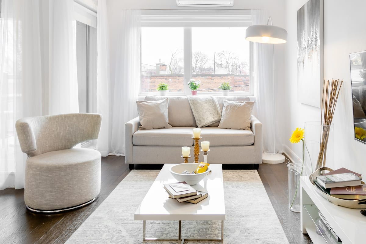 Disinfected Chic Apartment in Trendy Mile End