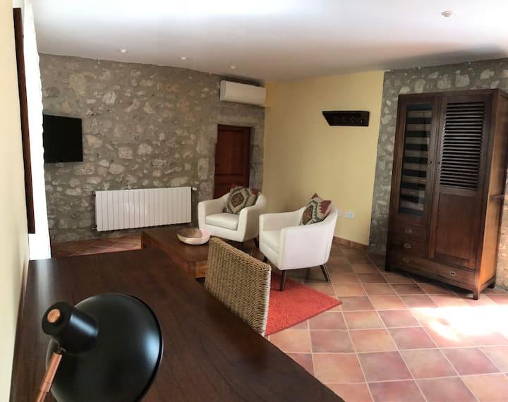 FARIGOLA: Habitación con Jacuzzi