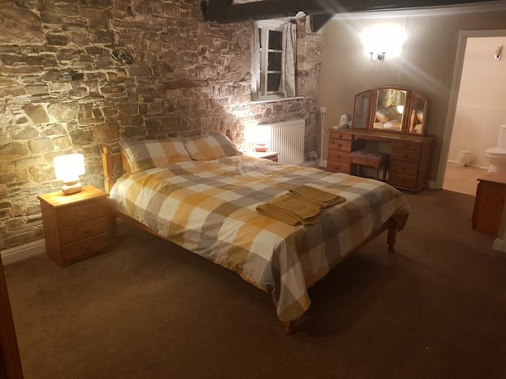 Deluxe Family room at The Fountain Inn