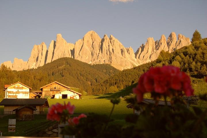 Hilber/Sass Rigais -  Entspannen in den Dolomiten