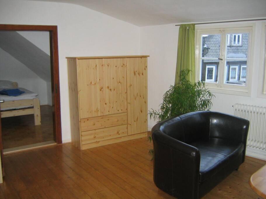 Wohn/Schlafzimmer 2.OG