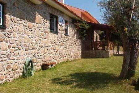 Beautiful cottage with pool - Valenca do Minho